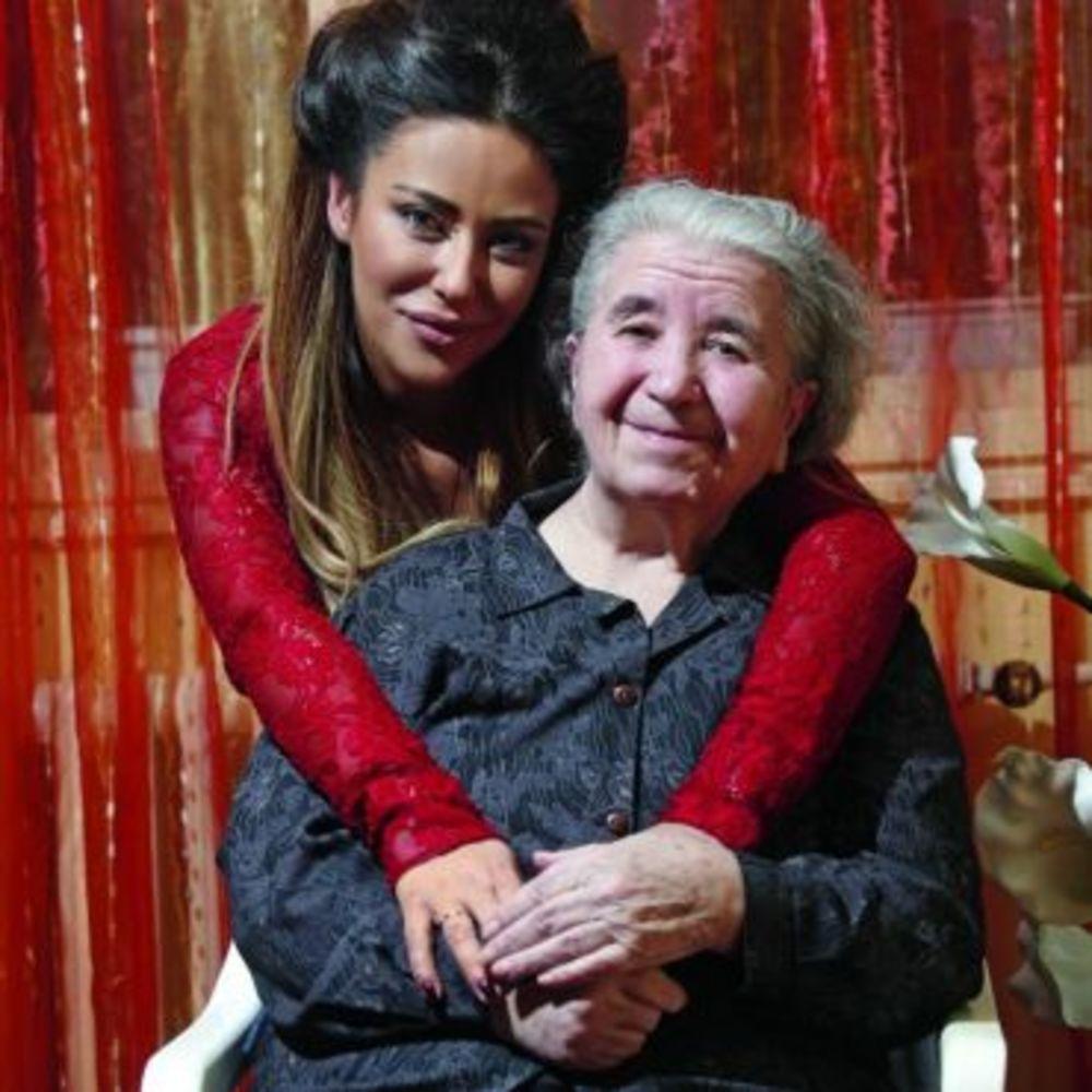 Ana Nikolić iskreno o babi