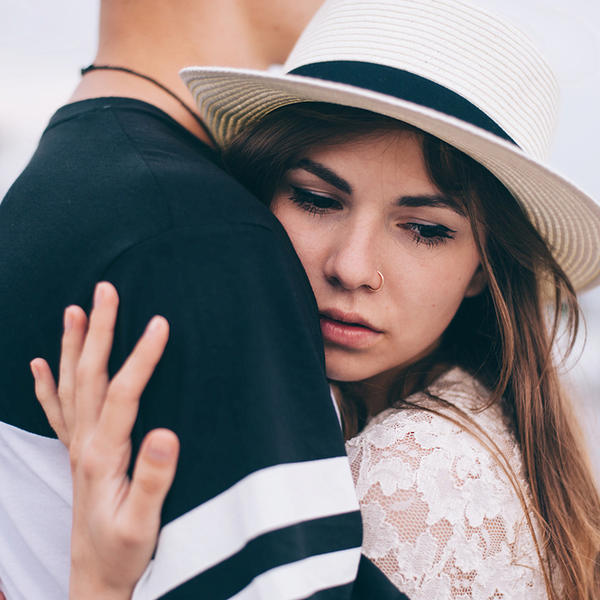 Pomirite se s istinom: 5 znakova da on planira da vas ostavi (FOTO)