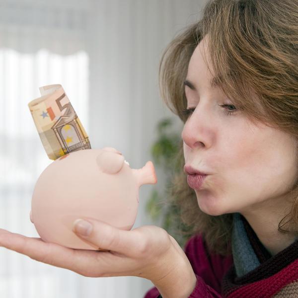Korsni saveti za one koji ne umeju sa novcem: 6 zlatnih pravila kako rasporediti pare a maksimalno uživati