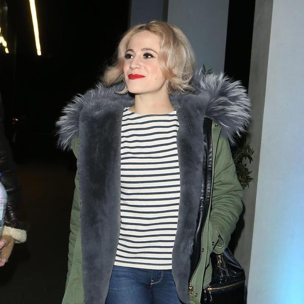 Vreme je za jakne i kapute: Evo kakve su modele odabrale slavne dame (FOTO)