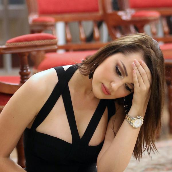 Očajnički potezi da spasi vezu: Aleksandra Prijović išla kod astrologa da vidi hoće li ostati sa Filipom (FOTO)