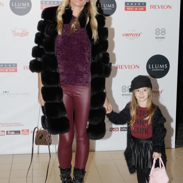 Zvezde bodrile najmlađe: Mali manekeni prošetali pistom u društvu poznatih