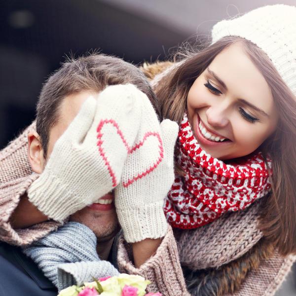 Dnevni horoskop za 25. decembar: Bikovi, pred vama je povoljan dan za novu ljubav!