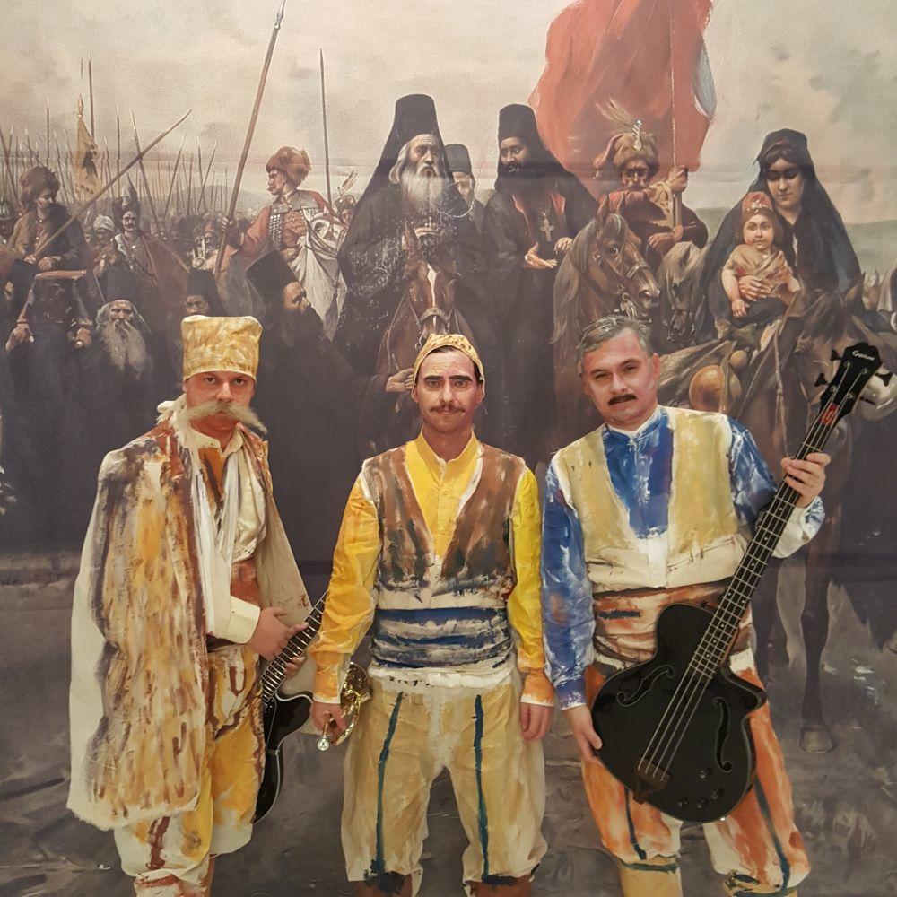 Zaljubljeni-vojnici-u-ratnom-vihoru-Regina-snimila-spot-za-novu-pesmu-U-srcu-Srbije-FOTO