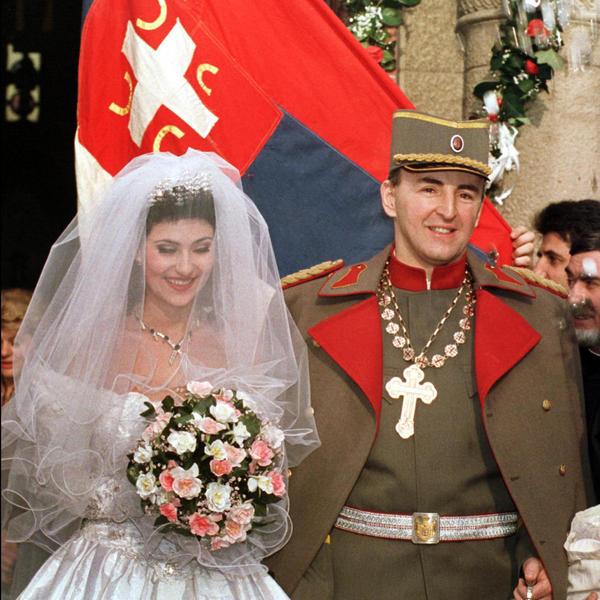 Raskošna svadba od 100 hiljada maraka na kojoj su imali samo JEDNU ŽELJU: Na današnji dan venčali su se Arkan i Ceca (FOTO)