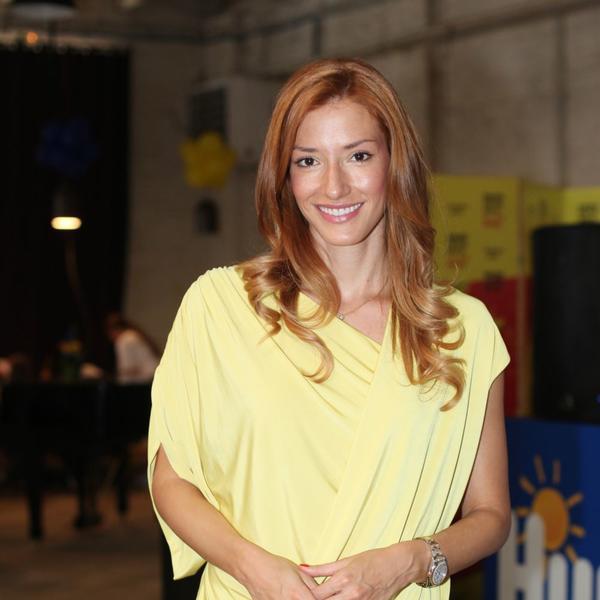 Pojavila se na malim ekranima i zasenila sve oko sebe: Jovana Joksimović se vratila na posao (FOTO)