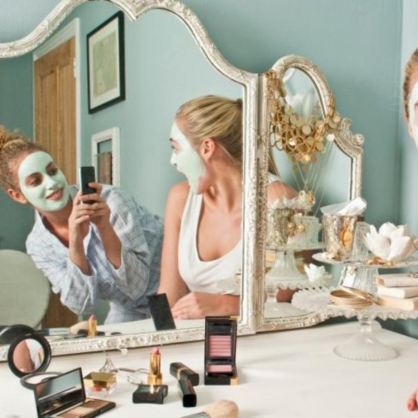 Bolja i jeftinija od botoksa: Napravite masku od ova 3 sastojka koji svi imaju u frižideru (FOTO)