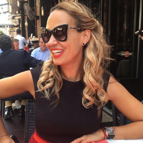 Na ovoj haljini Kejt Midlton može samo da joj zavidi: Marijana Mateus u izdanju zbog kojeg je ceo Kan uzdisao (FOTO)