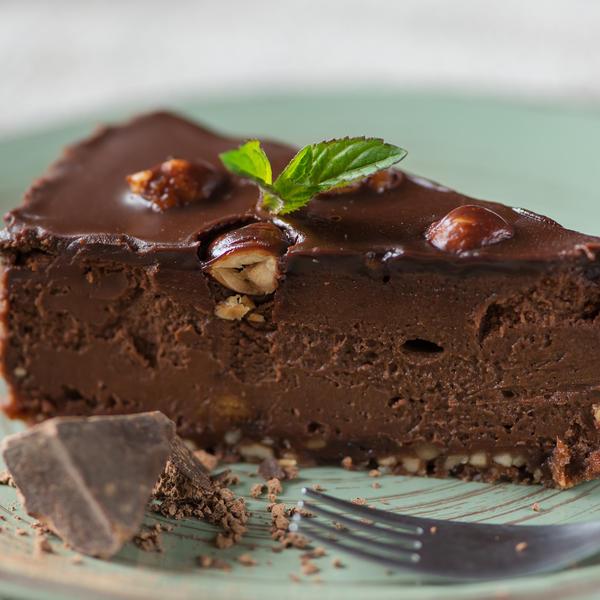 Najbrža torta na svetu: Čokoladni čizkejk koji se ne peče postaće vaša omiljena poslastica (RECEPT)