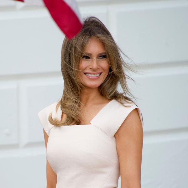 Mnoge će je kopirati, ali će izgledati smešno: Melanija u smeloj kombinaciji zbog koje i najveći modni znalci uzdišu (FOTO)