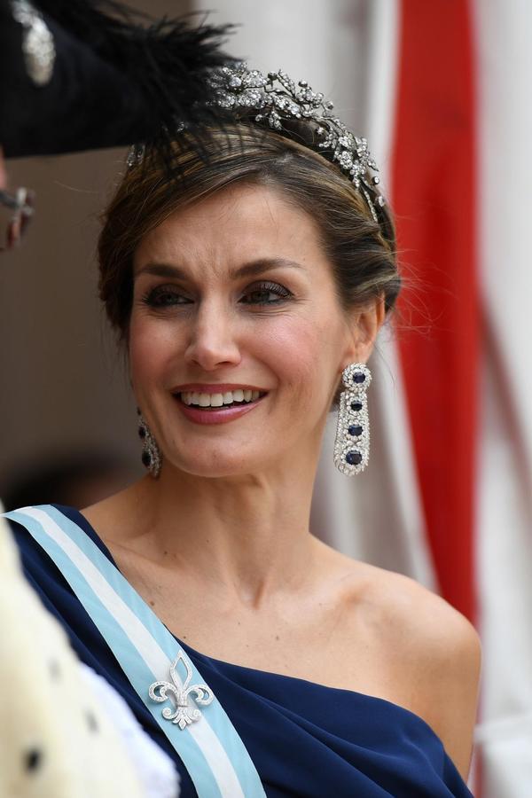 Kraljica Leticija zadala modni izazov svim plemkinjama: U haljini od 6.000 dinara izgleda kao milion dolara (FOTO)