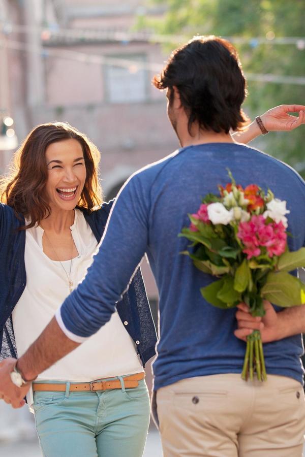 Dnevni horoskop za 25. novembar: Blizanci, imaćete idealnu priliku da isplanirate romantično putovanje sa voljenom osobom