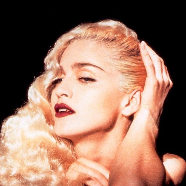 Madona Luiza Čikoni: Kraljica popa i na pragu sedme decenije (FOTO)
