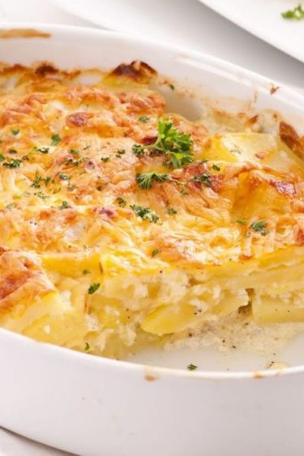 Ručak gotov za pola sata: Napravite zapečeni krompir sa jogurtom (RECEPT)