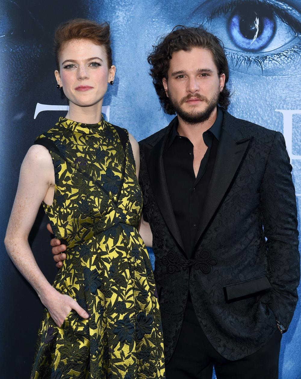 kit harington i rouz lesli