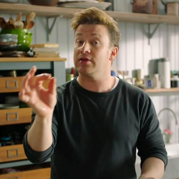 Po preporuci Džejmija Olivera: Tortilje sa ćevapima i ajvarom