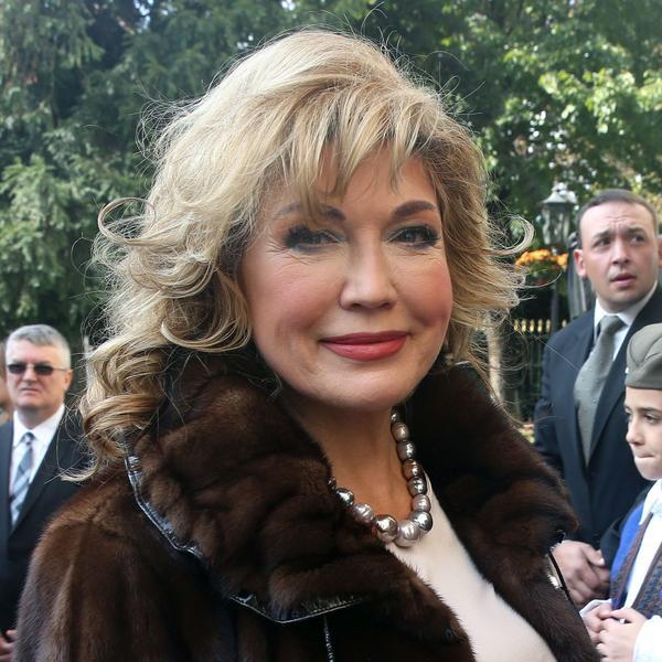 Tada su je zvali seks bombom: Možete li prepoznati Suzanu Mančić na fotografiji staroj više od 30 godina? (FOTO)