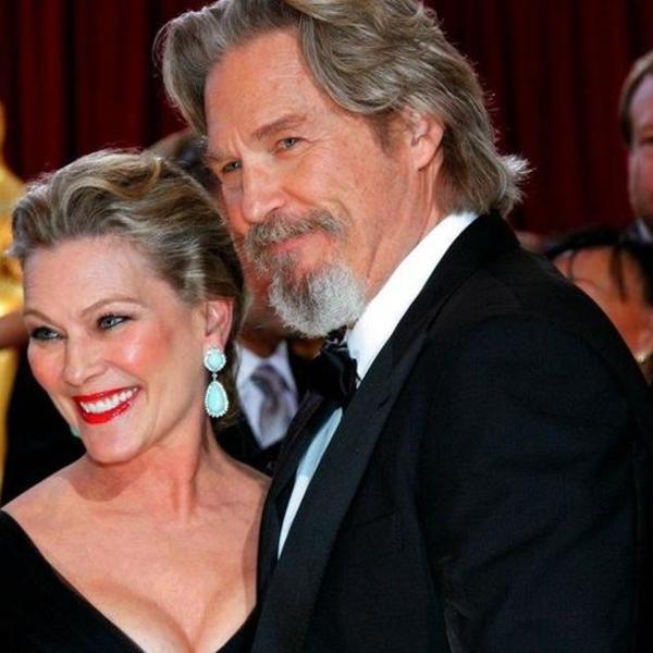 Ili će se venčati i osnovati porodicu, ili razići: Njihova veza počela je ultimatumom, ona je bila konobarica a on poznati glumac... (FOTO)