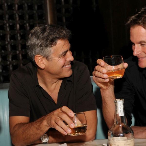 Pravi prijatelj: Džordž Kluni obradovao je svoje najdraže zaista neočekivanim, a identičnim poklonima (FOTO)