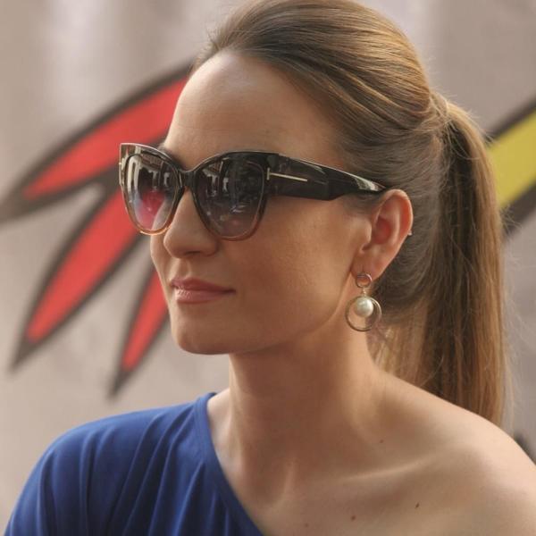 Posle poruke koju je objavila fanovi su strašno zabrinuti: Jelena Tomašević otkazala nastupe zbog zdravstvenih problema (FOTO)
