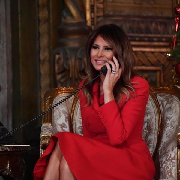 Rasprodate su čim ih je Melanija ponela: Prva dama Amerike u najlepšim cipelama koje smo videli u 2017.