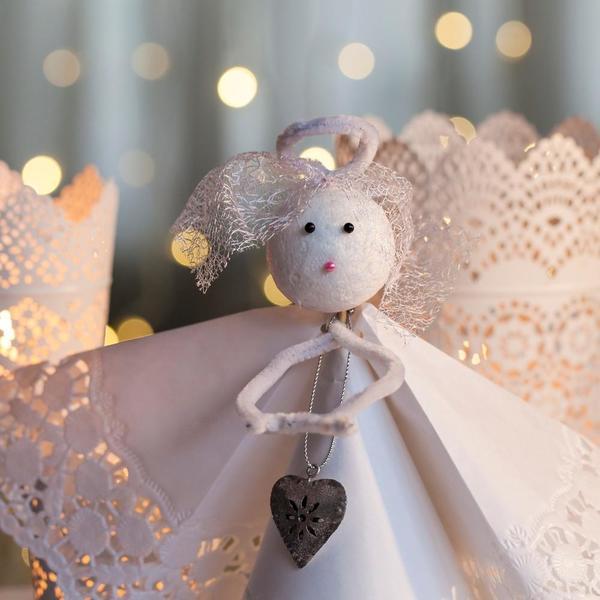 Novogodišnji ukras koji se mora naći na vašoj jelci: Napravite samo neodoljivog anđela čuvara (FOTO)