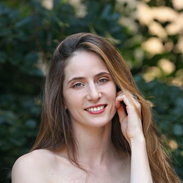 Njene scene seksa u Senkama nad Balkanom privukle su veliku pažnju: Ovako je reagovao slavni suprug Marije Bergam (FOTO)