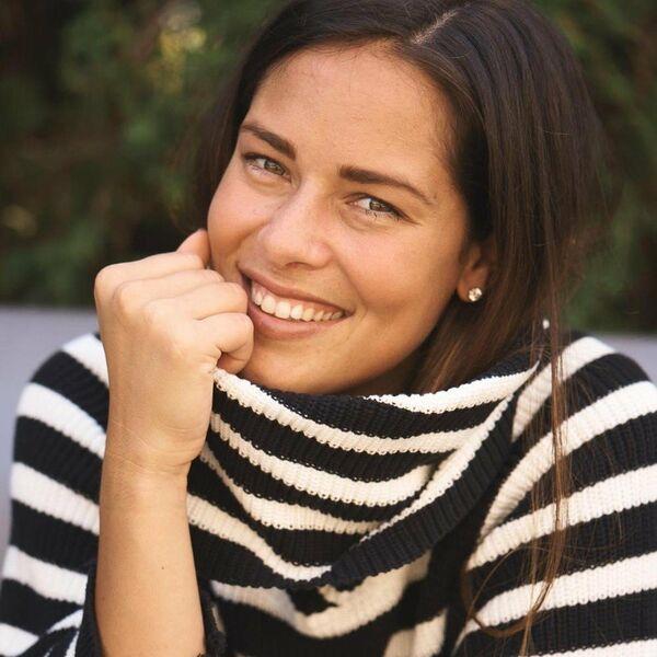 Blistavi osmeh, rumeni obrazi i zaobljeni stomačić: Ovo je najlepše izdanje Ane Ivanović od kada je trudna (FOTO)