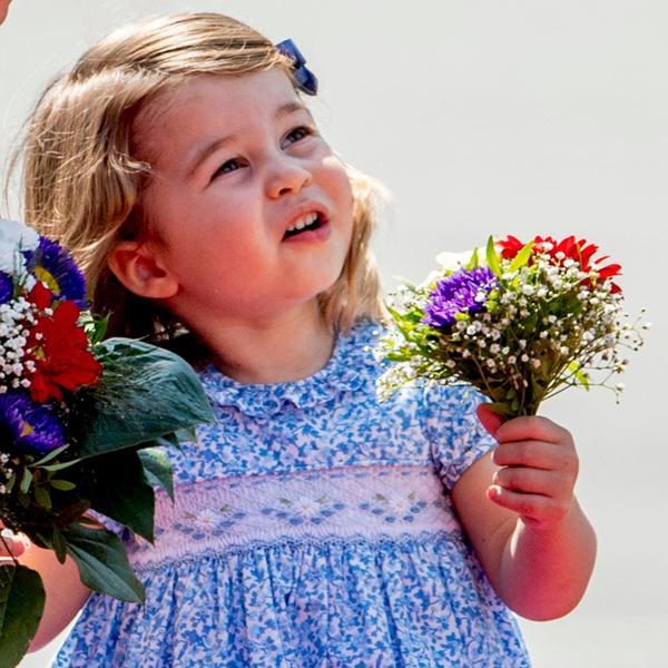 Kejt Midlton ispratila ćerkicu u vrtić: Nestvarna princeza Šarlot ponovo osvojila svet (FOTO)