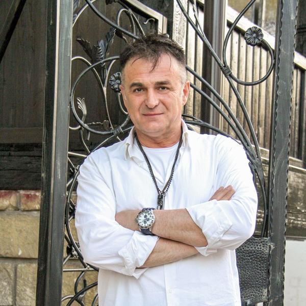 Branislav Lečić iskreno za Glossy: Nemam para za ćerkino školovanje (FOTO)
