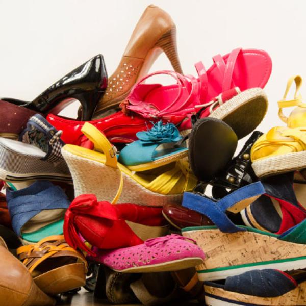 Zatrpani ste obućom? Lagana prenosiva polica za 30 pari obuće po HIT CENI!