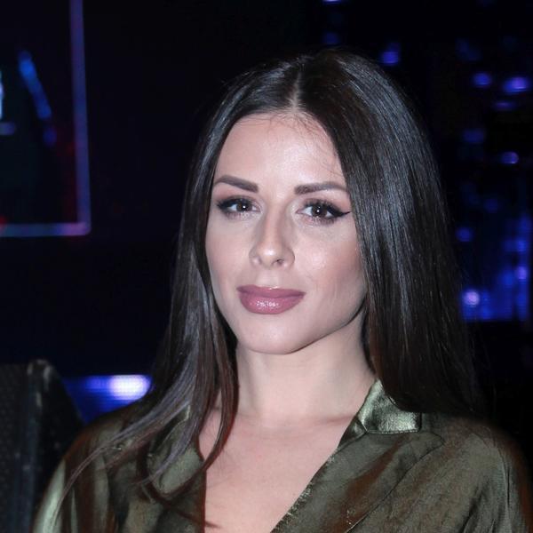 Suze su rekle više od reči: Nakon razvoda od Darka Lazića, Ana Sević suočava se sa depresijom (FOTO)