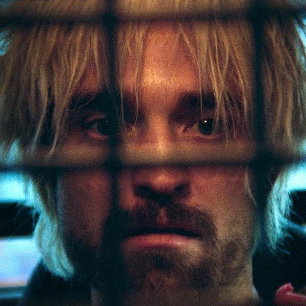Samo da bi ga spasio iz zatvora: Robert Patison u uvrnutoj pustolovini kroz gradsko podzemlje (FOTO)