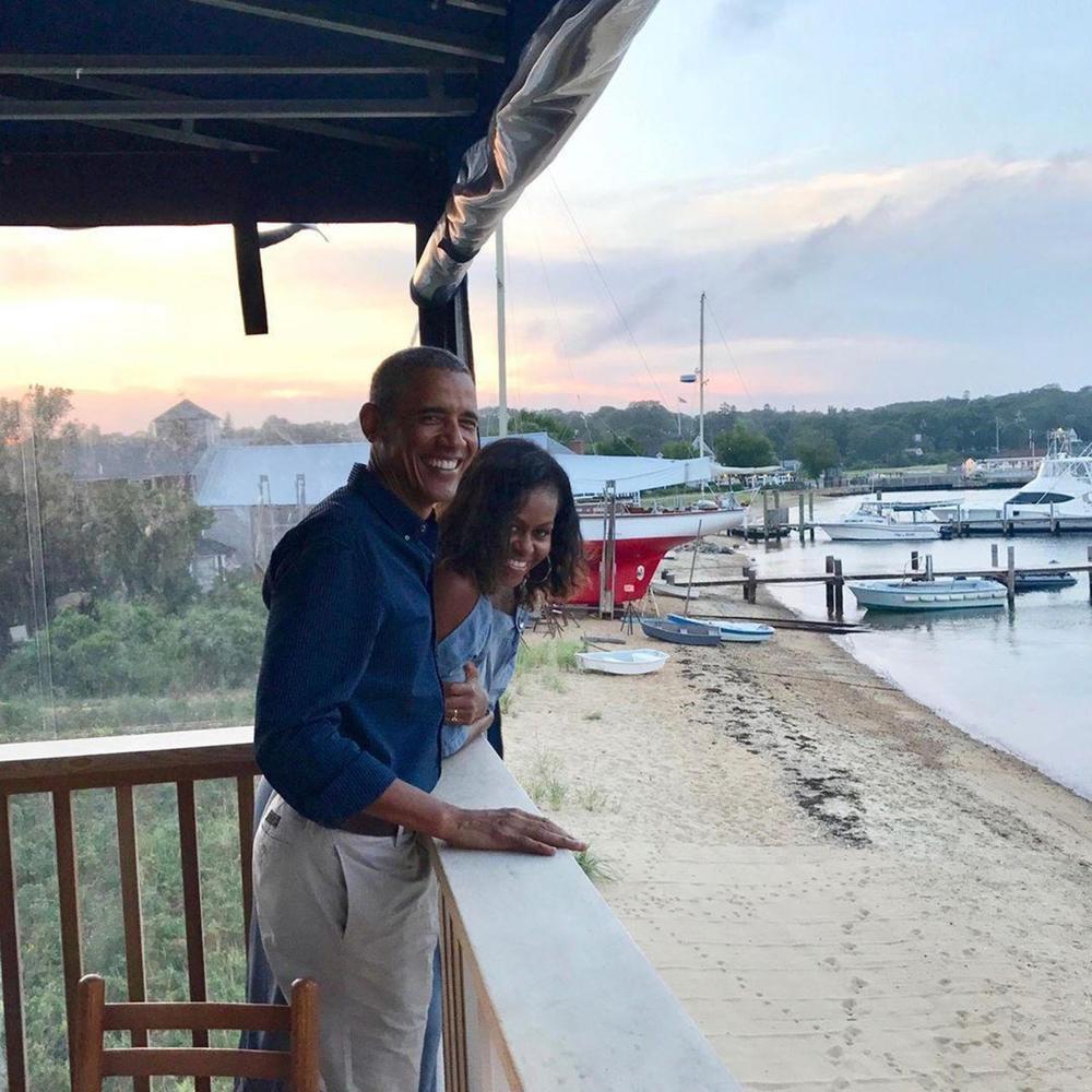 <p>Mada su bivši predsednik Amerike i vojvotkinja od Saseksa rođeni na isti dan, a oboje su proslavili jubilarne rođendane, izgleda da to nije bilo dovoljno da ostvari planove<strong>Megan Markl</strong></p>