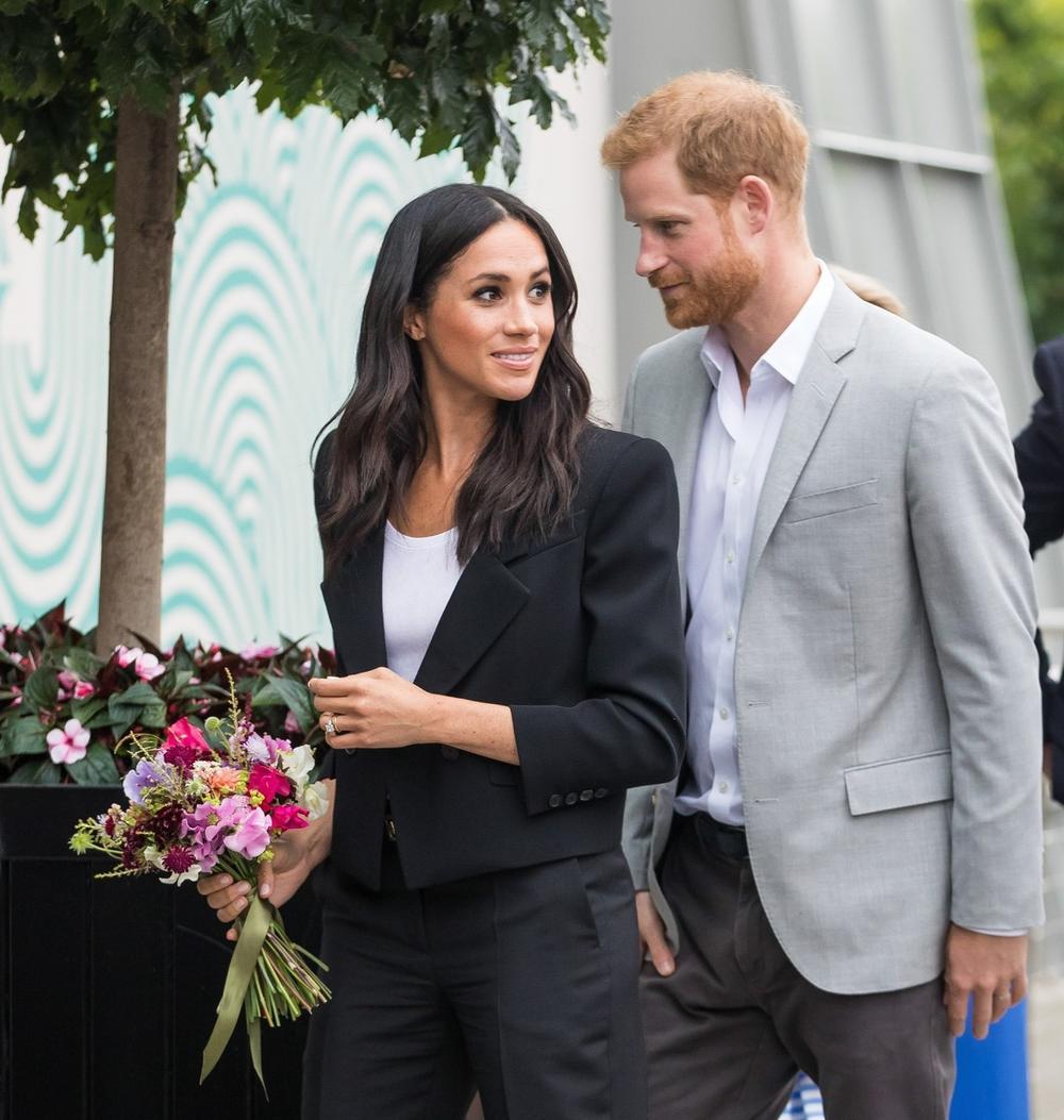 """<p><strong>Kejt Midlton</strong>, vojvotkinja od Kembridža, nije se preterano trudila da poboljša odnose sa<strong> Megan i Harijem </strong>tokom 2018. godine, piše u novoj biografiji o kraljevskoj porodici, koja baca novo svetlo na brak vojvode i vojvotkinje od Saseksa i njihovu odluku da """"istupe"""" sa funkcija koje su vršili.</p>"""