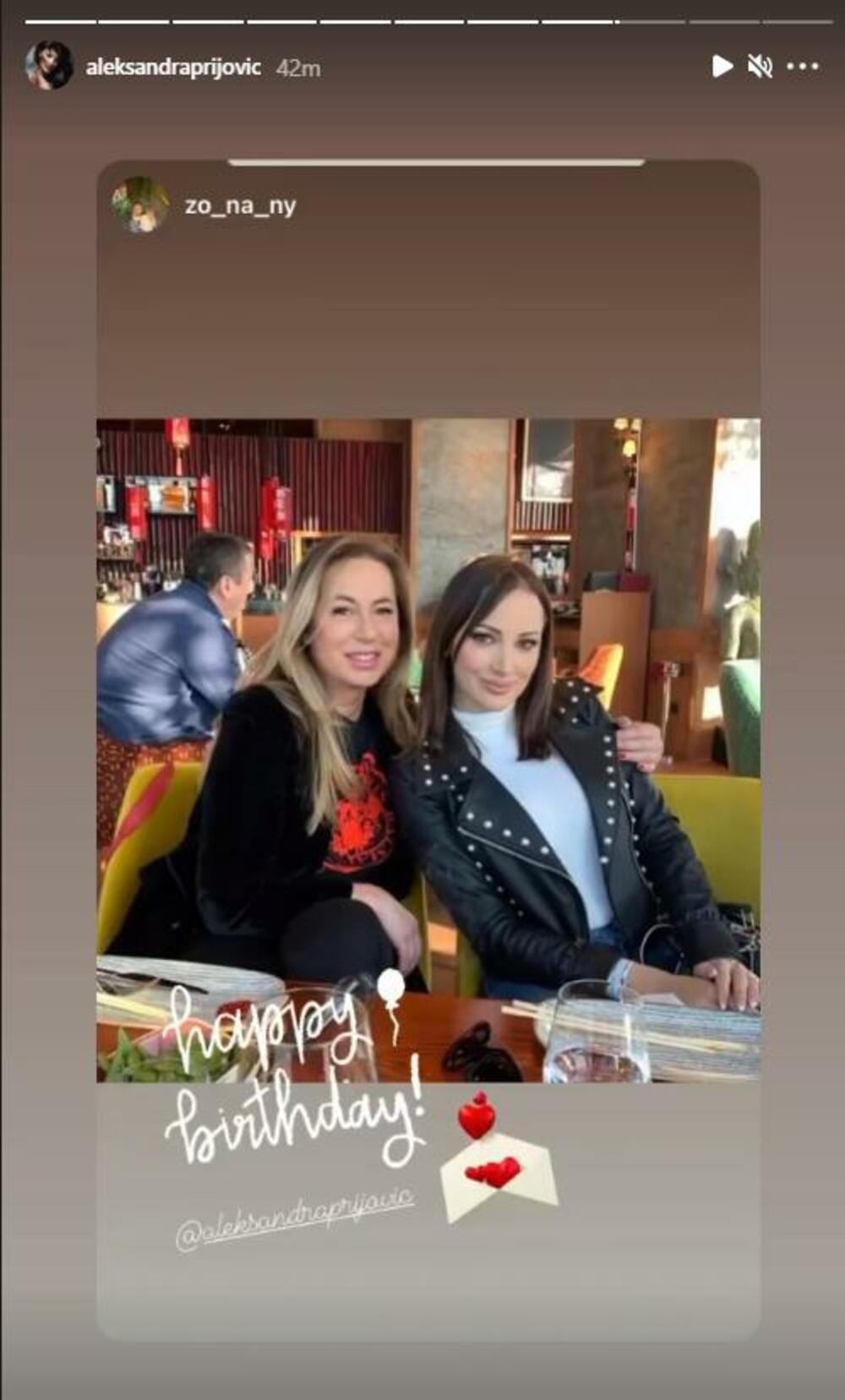 <p><strong>Aleksandra Prijović</strong> slavi rođendan danas, a čestitke se samo nižu— među njima se našla i čestitka njene svekrve<strong>Zorice Nakić</strong></p>